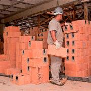 Casas Pré-Fabricadas com bloco cerâmico